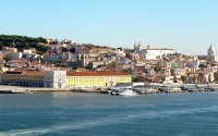 4-Lisbon_Downtown_tours_river