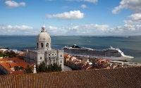 3-Lisbon_Alfama_View_Tours_Castle